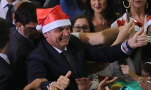 Vanessa Grazziotin: Espírito natalino passou longe das medidas recentes de Bolsonaro