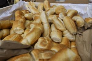 Joana Monteleone: Sobre o trigo, o pão e as padeiras no século 19