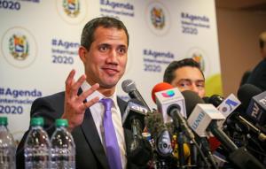 """Gladstone Leonel Júnior: O que é um presidente """"autoproclamado"""" na América Latina?"""