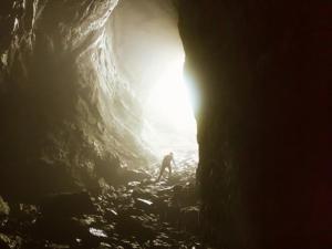 Ayrton Centeno: Sairemos da caverna num dia de sol