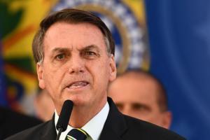 Vanessa Grazziotin: Os crimes de Bolsonaro contra o povo brasileiro