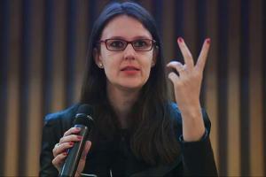 """#35 """"Esquerda precisa apresentar narrativas contra o bolsonarismo"""", diz Esther Solano"""