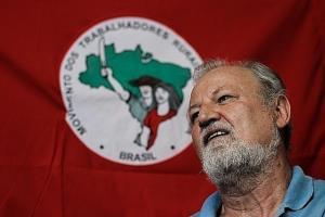 """#33 João Pedro Stedile apresenta o plano de Reforma Agrária Popular do MST: """"É para tirar o país da crise produzindo alimentos"""""""