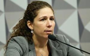 """#49 Esther Dweck: """"O Teto de Gastos tem o objetivo de destruir a Constituição"""""""