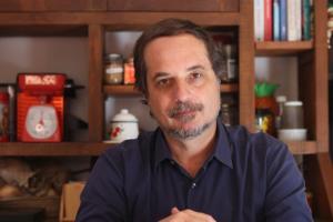 Manaus, Maia e impeachment de Bolsonaro, no programa Tempero da Notícia, com Rodrigo Viana