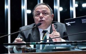 Alexandre Padilha: Acostumado com tempos da caserna, Pazuello apresenta cronograma fictício de vacinação