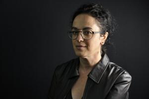 """#70 """"Vivemos uma ditadura miliciana"""", diz Márcia Tiburi, exilada há mais de 2 anos"""