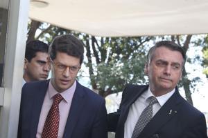 Marques Casara: Como operam as quadrilhas protegidas pelo ministro Ricardo Salles
