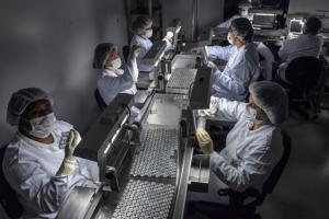 Quebra de patentes de vacinas contra Covid-19 é tema do Programa Bem Viver