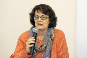 """#95 Offshore: """"Ou Guedes não acredita na economia do país ou quer se beneficiar"""", diz Leda Paulani"""