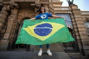 Vanessa Grazziotin: Solidariedade à Bruna Brelaz, Presidenta da UNE!